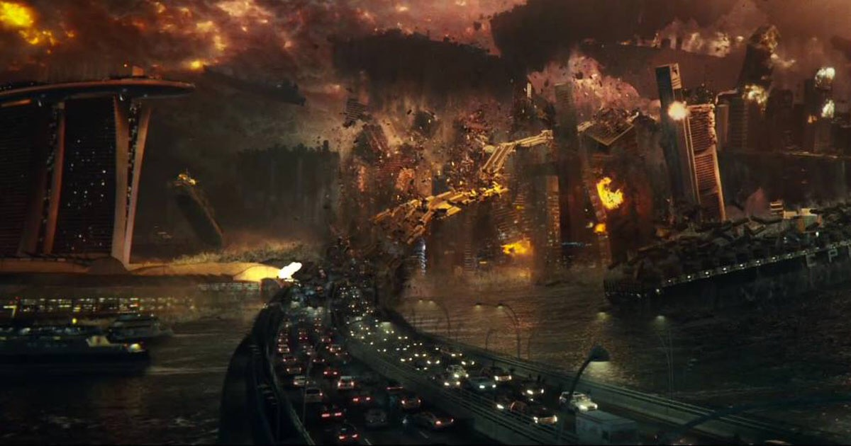 """A highway being destroyed in the movie """"Independence Day: Resurgence"""""""