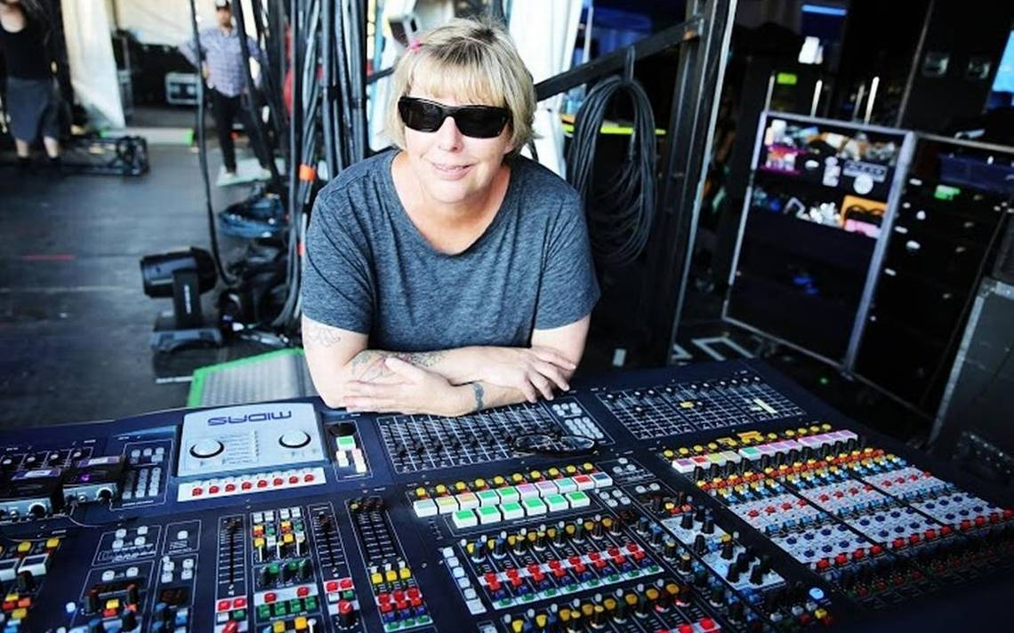 Karrie Keys backstage at the sound booth, prepping for a Pearl Jam concert